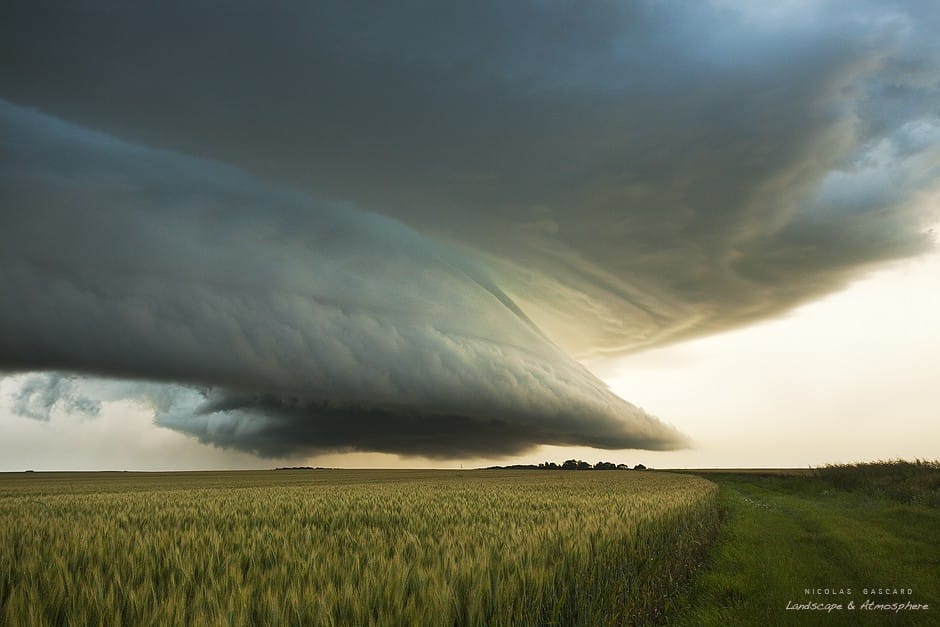 Vignette illustrative des éléments à voir dans les pages des orages en France