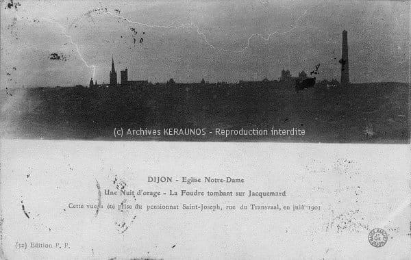 DIJON (Côte-d'Or) - La foudre frappe le jacquemart de l'église Notre-Dame de Dijon (juin 1901)