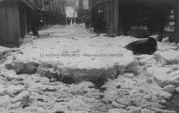 MONTPELLIER (Hérault) - La rue de la Saunerie après l'orage de grêle du 13 mai 1922