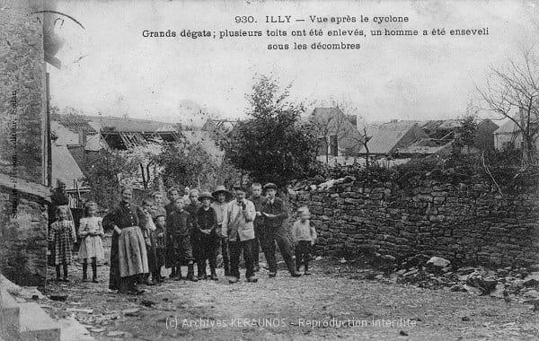 ILLY (Ardennes) - Vue du village après la tornade du 9 août 1905