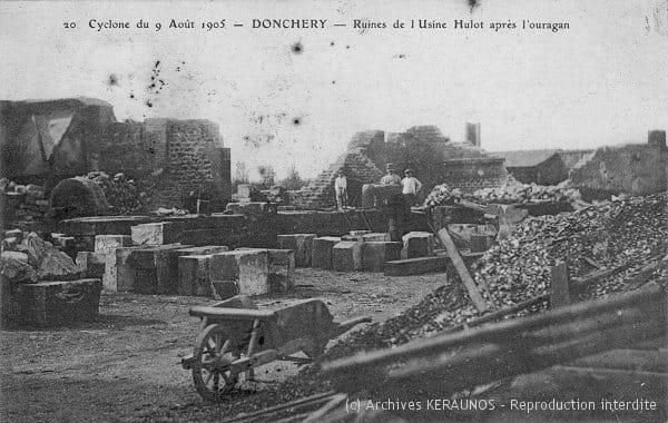 DONCHERY (Ardennes) - Ruines de l'usine Hulot après la macrorafale du 9 août 1905
