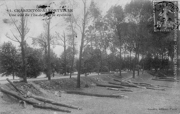 NEMOURS (Seine-et-Marne) - Effet de la foudre - 12 juillet 1906